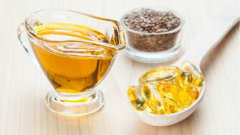 Flaxseed Oil vs Fish Oil -- Omega-3 Supplements