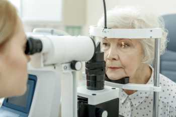 Does Vitamin C Prevent Cataracts? -- bottle of vitamin C
