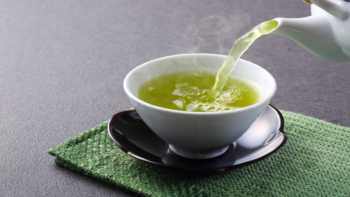 Heavy Metals in Tea From China -- pouring green tea into cup