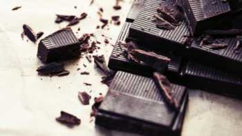 Product Review - Is Hershey's Special Dark better than other dark chocolate bars or cocoa powders?