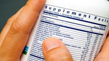 What to Watch Out for When Choosing a Supplement -- Supplement Bottle Label Close-up