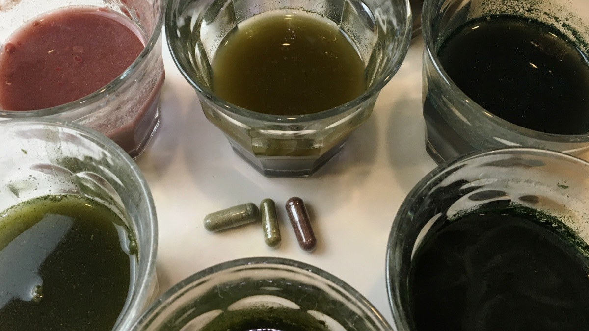ConsumerLab Tests Reveal Contamination an Issue With Some Greens and Whole Foods Products -- Green drinks and pills