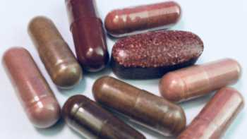 Product Review - If I already take red yeast rice, would adding high-dose niacin help further reduce my cholesterol levels, and would this be safe?